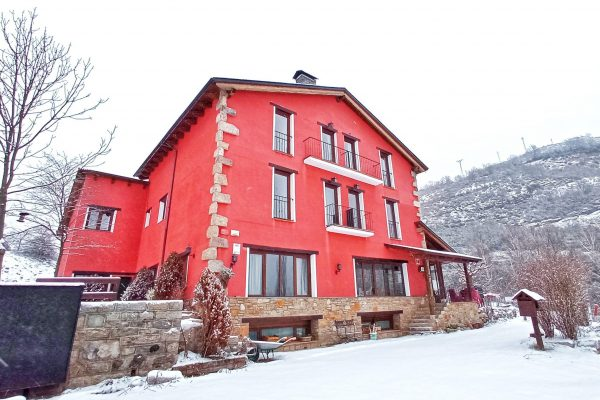 hotel-la-casa-del-rio-villanova-benasque